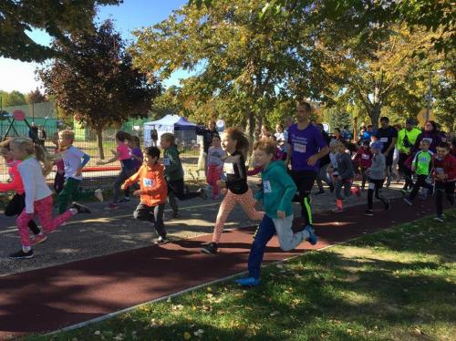 Őszi Tófutás: Rekordszámú induló a városi futóversenyen
