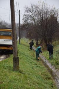 Jó példával hívja fel a figyelmet az Önkormányzat az árkok téli karbantartására