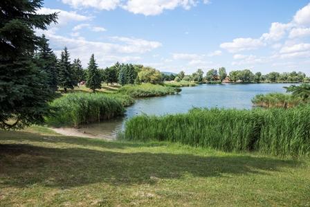 Budakalász felirat kerül az Omszk-parkba