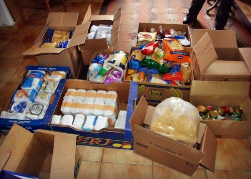 Élelmiszercsomagot adományoz az időseknek az Önkormányzat