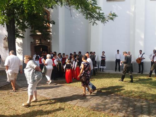 Szentendrei Szerb Búcsú: Sokan látogattak el az eseményre városunkból is