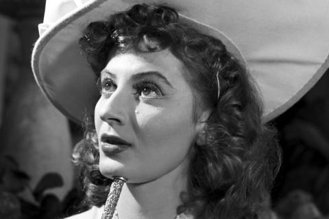Elhunyt Gyenes Magda – Kedden temetik a legendás színésznőt